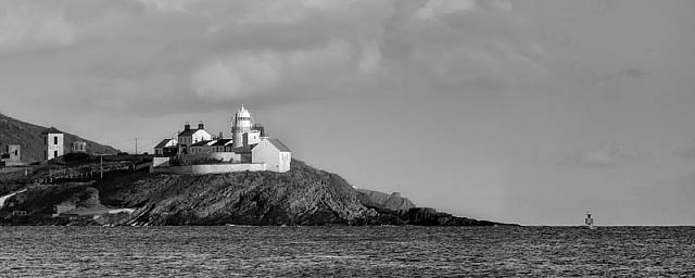 Roches Point Lighthouse BW